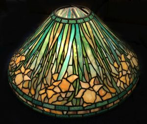 "Tulip lamp | 20"" diameter"